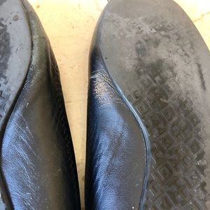 Tory Burch Shoes - Bad condition Tory Burch flats